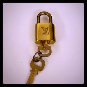LV Lock